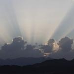 Freebie-Freitag: Kostenloses Hintergrundbild / Wallpaper – Sonnenstrahlen