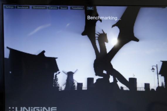 Unigine Heaven Benchmark: Keine Texturen bei der Intel-Grafikkarte