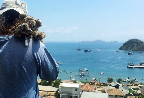 Delbar auf meinen Schultern in Labuan Bajo