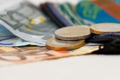 Geldscheine und Münzen (Euro)