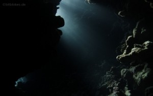 Höhle unter Wasser