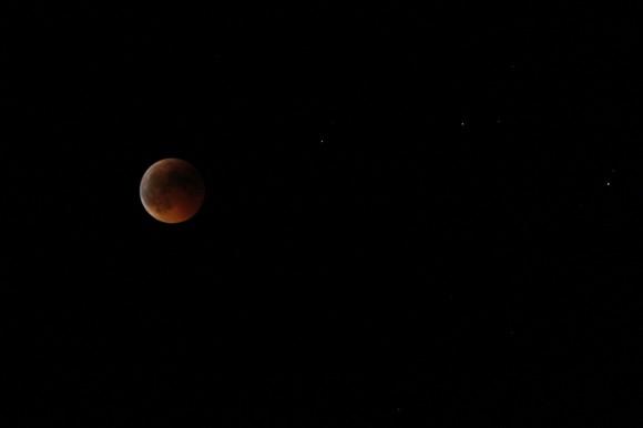 Mondfinsternis 2011 habe ich erwischt, die Mondfinsternis 2015 leider nicht