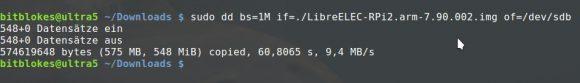 Mit dd das Abbild von LibreELEC auf den Datenträger schreiben