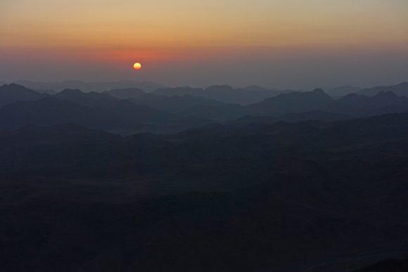 Sonnenaufgang vom Mosesberg aus gesehen