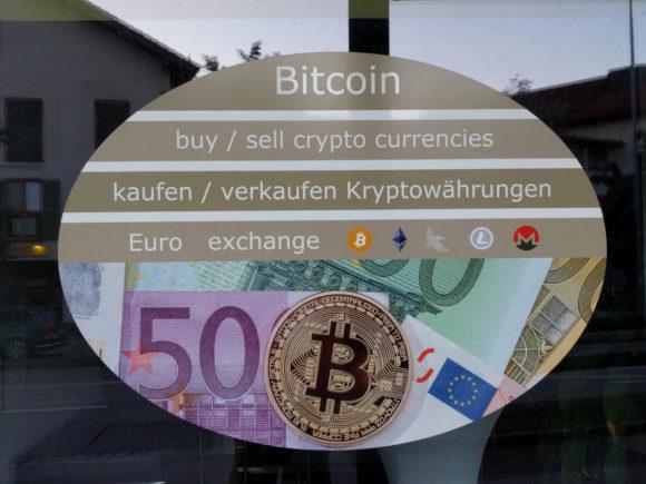 Kryptowährungen im Laden kaufen