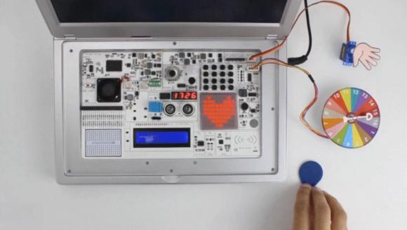 CrowPi2 mit 22 Sensoren und Modulen (Quelle: kickstarter.com)